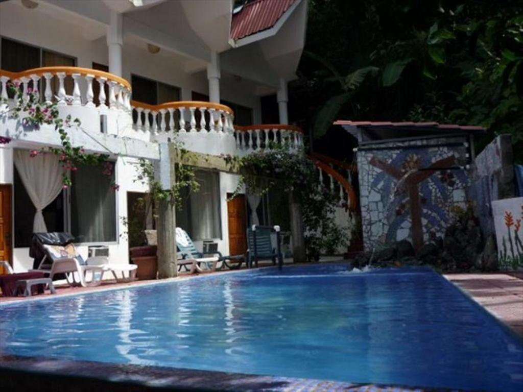 Hotel Coco Beach In Quepos Costa Rica