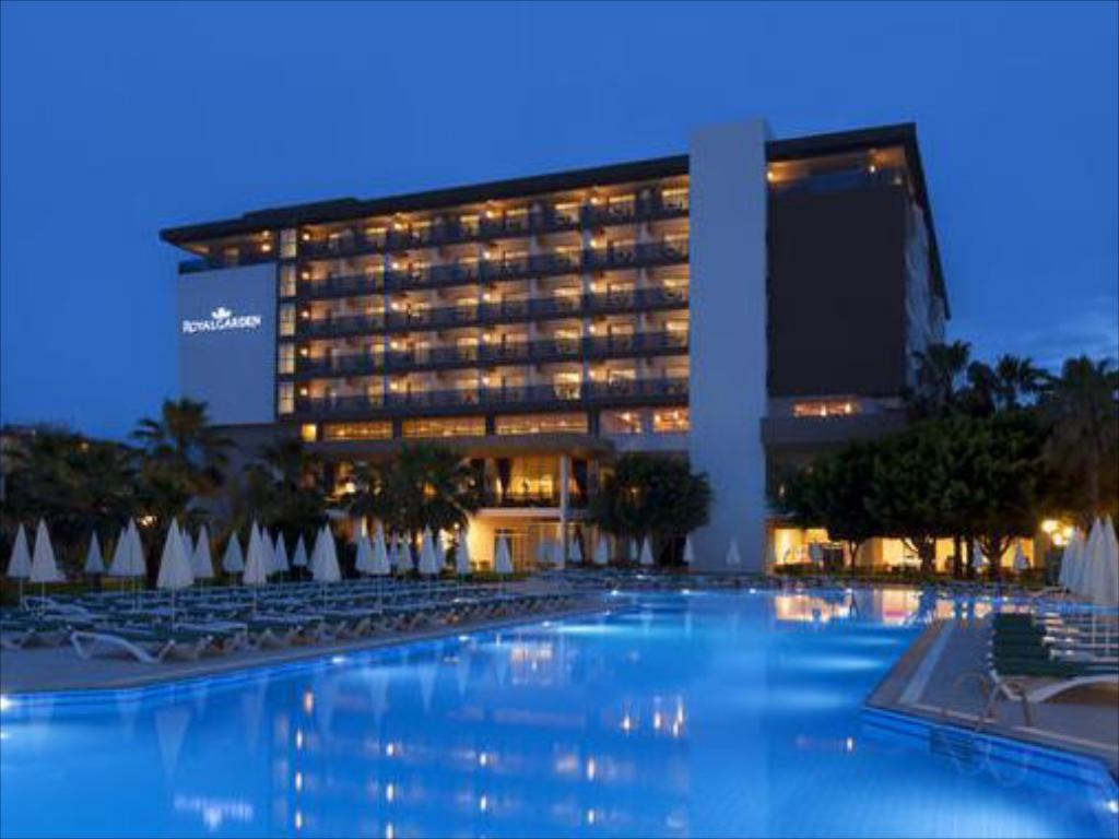 Royal Garden Select Hotel in Alanya - Room Deals, Photos