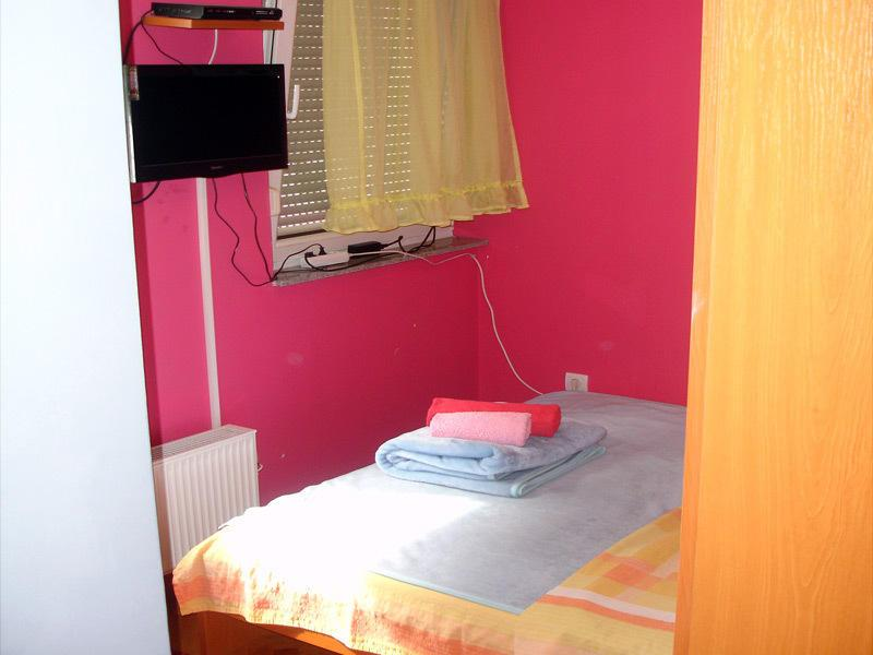 Studio apartma (Studio Apartment)