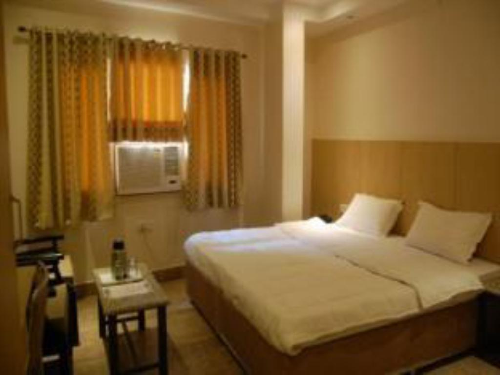 See all 12 photos Hotel Malik Residency