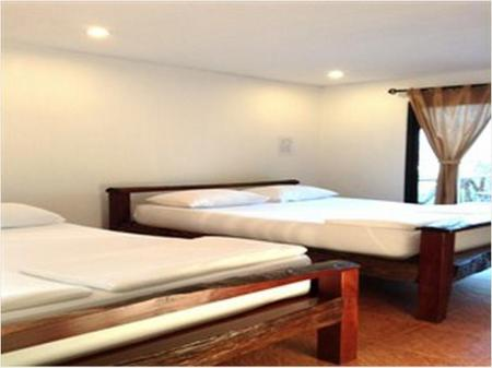 Superior River View Twin Bed River Kwai Nature Resort