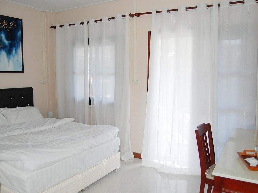Standard - 2 persons - Guestroom Nasuk House Cha-Am