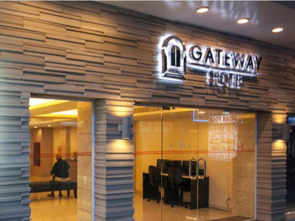 More about Gateway Hotel