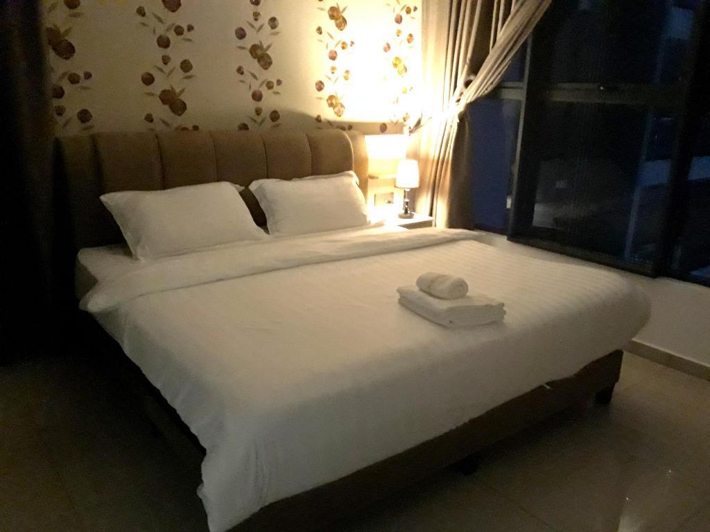 Katil Pangsapuri 65 M² Dengan 1 Bilik Tidur Dan Mandi Peribadi Di Pusat Bandar