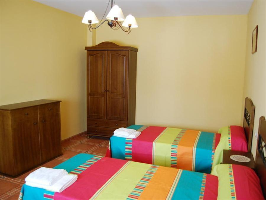 Villa 4 Chambres (10 Adultes) (Four-Bedroom Villa (10 Adults))