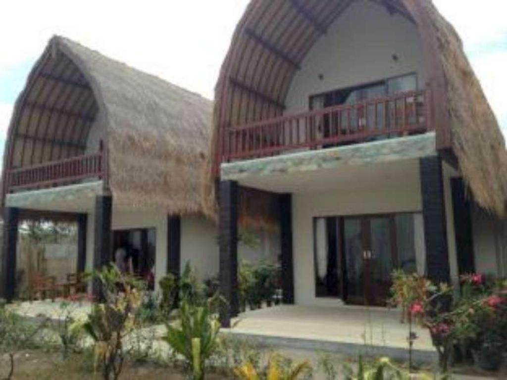 More about Villa Rika