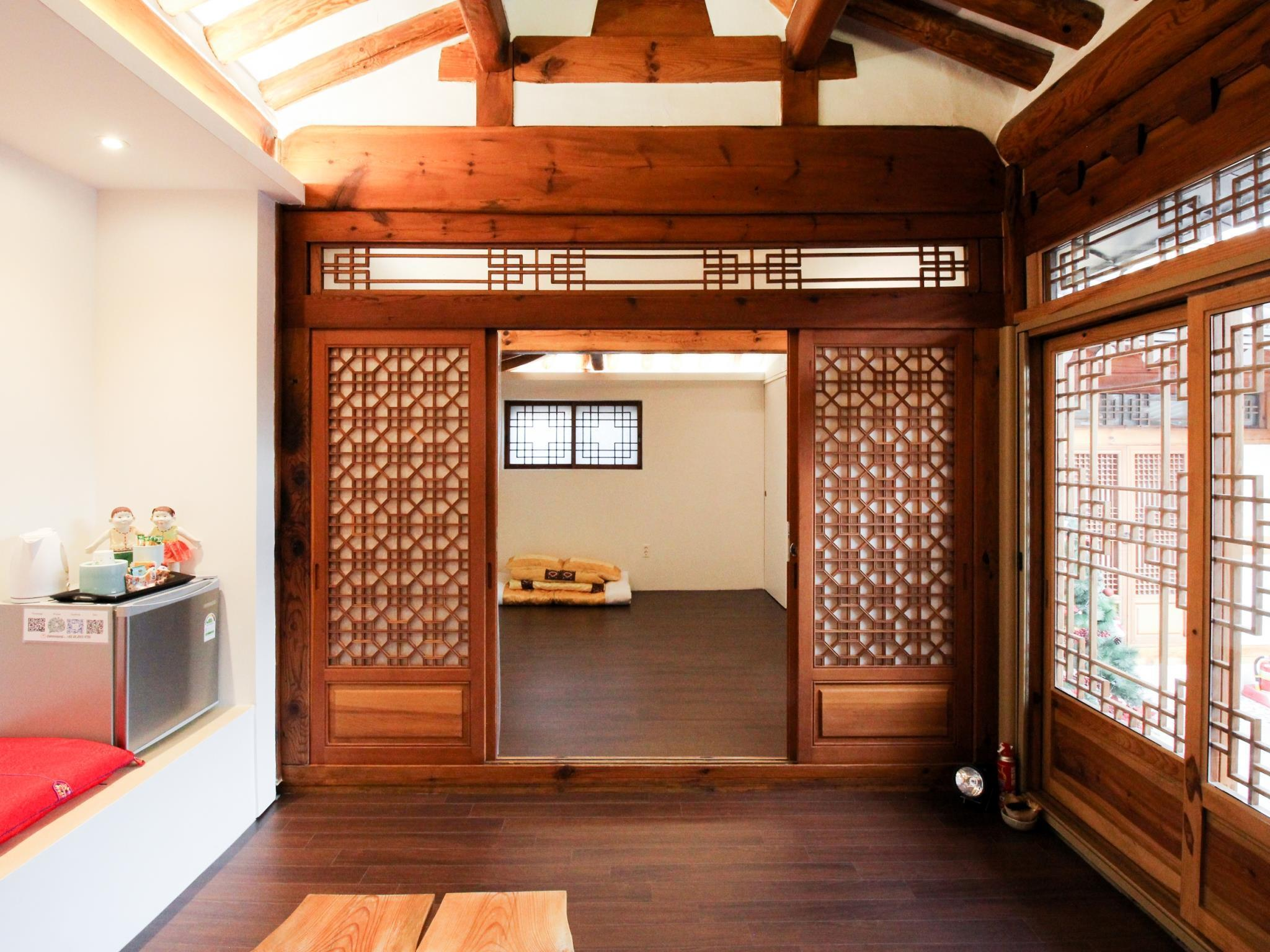 Korean Traditional Ondol Room B