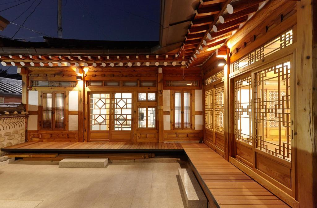 More about Dahmsojung Hanok Guesthouse