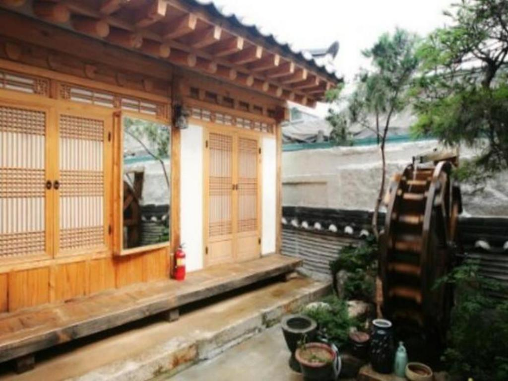 More about Sejong Hanok Guesthouse