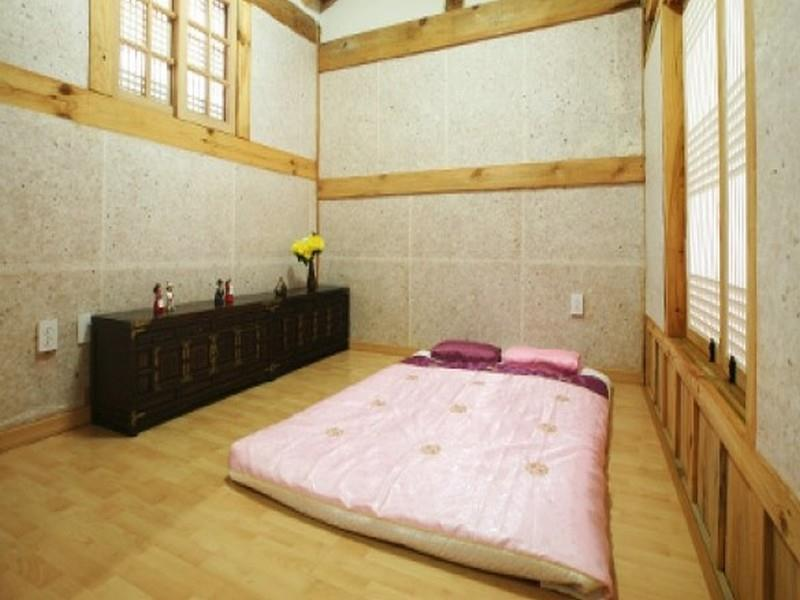 Korean Style Ondol Triple Room