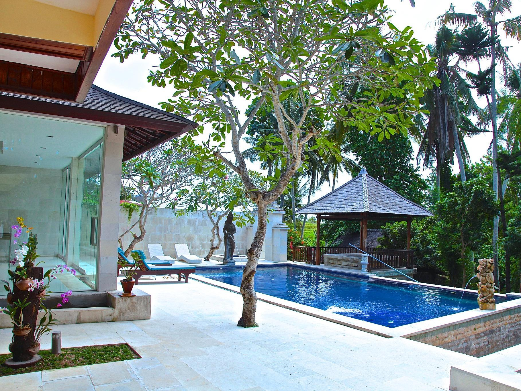 Seven-Bedroom Villa with Private Pool
