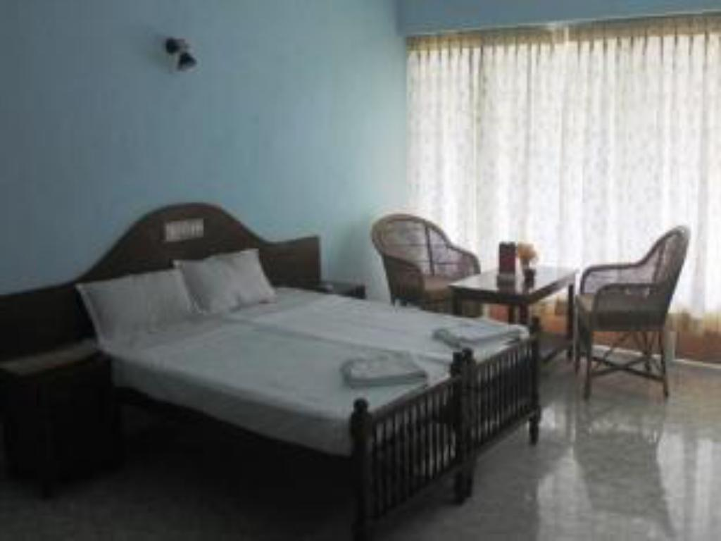 Standard Non Ac - Bed Vipin Beach Resort