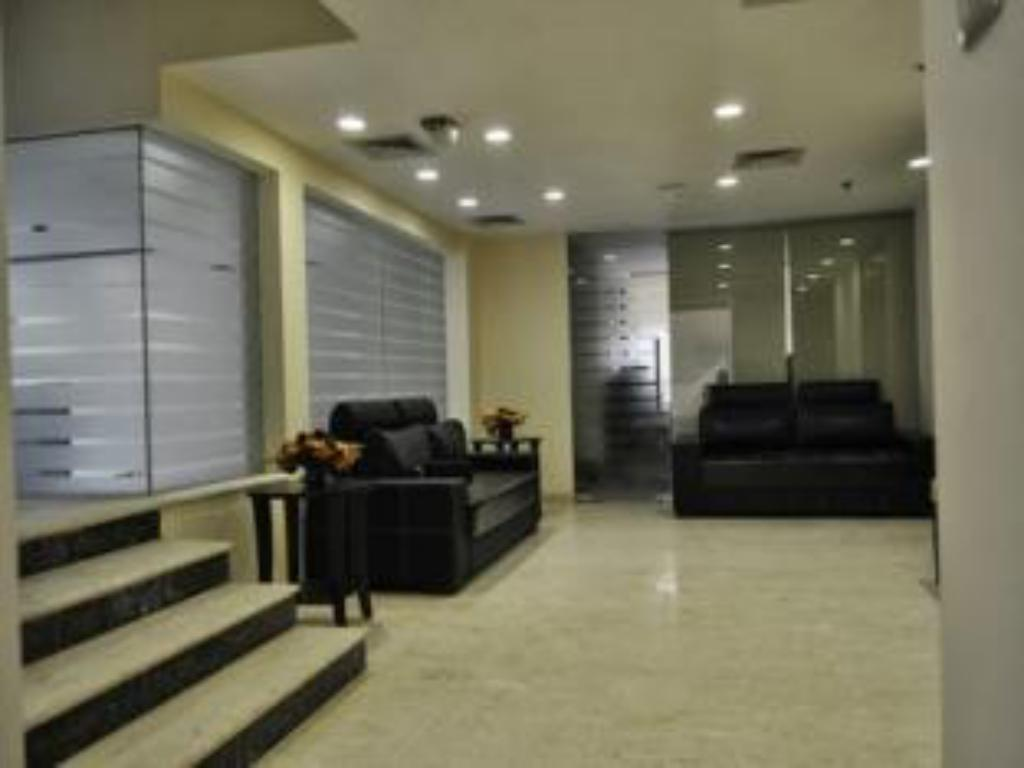 Lobby Mapple Express Hotel - Kailash Colony