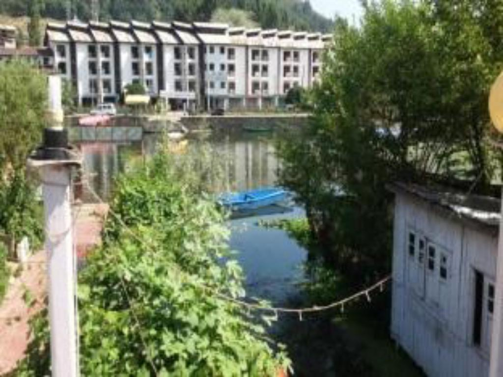 Hotel New Green View Best Price On Hotel New Shalimar In Srinagar Reviews