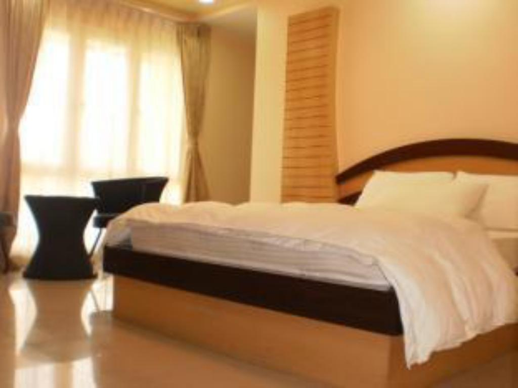 Deluxe Room - Guestroom Hotel Hilltop International - Port Blair