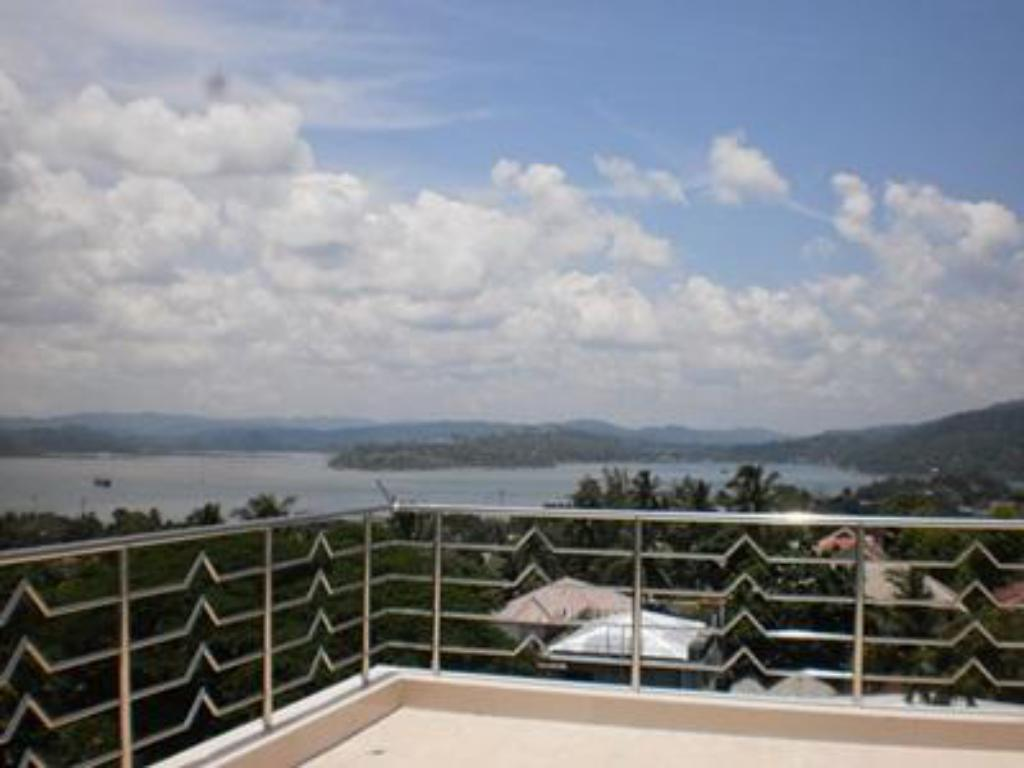 Balcony/terrace Hotel Hilltop International - Port Blair
