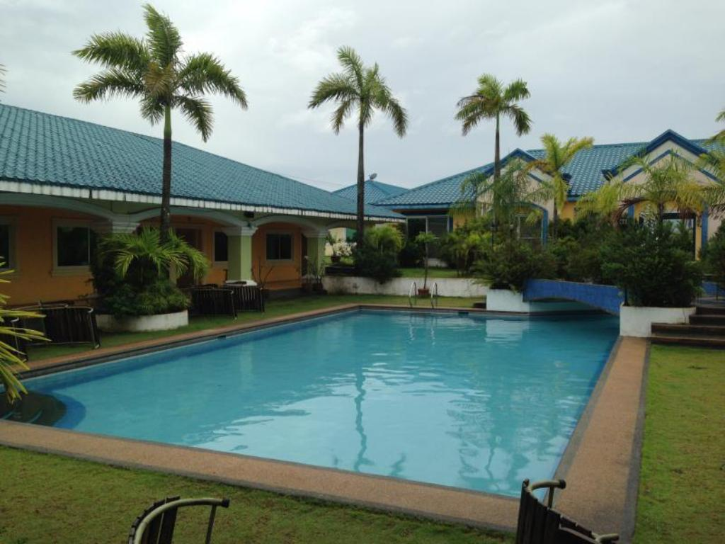 Club Angeles Villa Cruz Resort