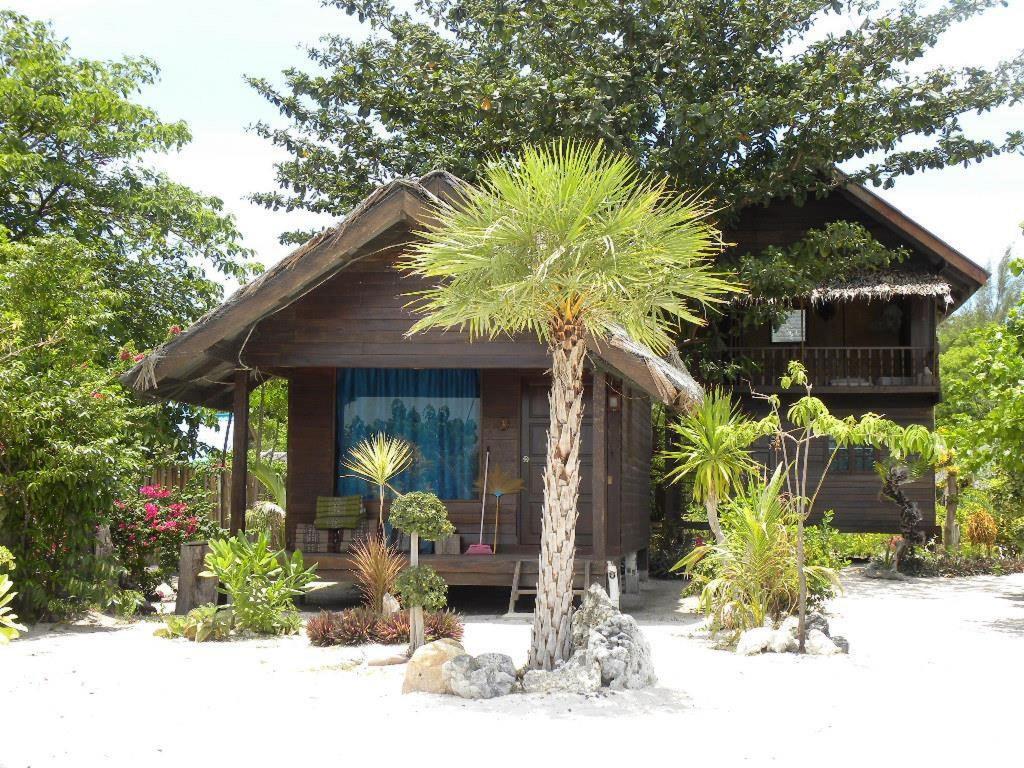 Bamboo garden rooms at lipe beach resort koh lipe - Blue Tribes Garden Beach Resort