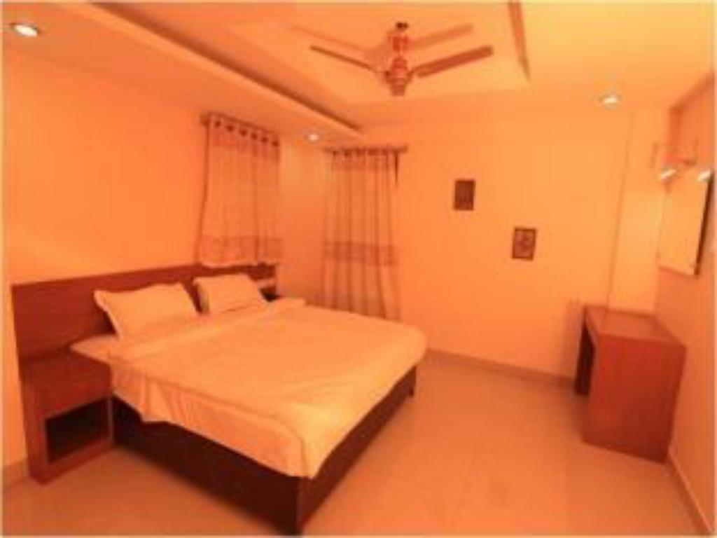 Executive Room - Guestroom Hotel Deccan Heritage