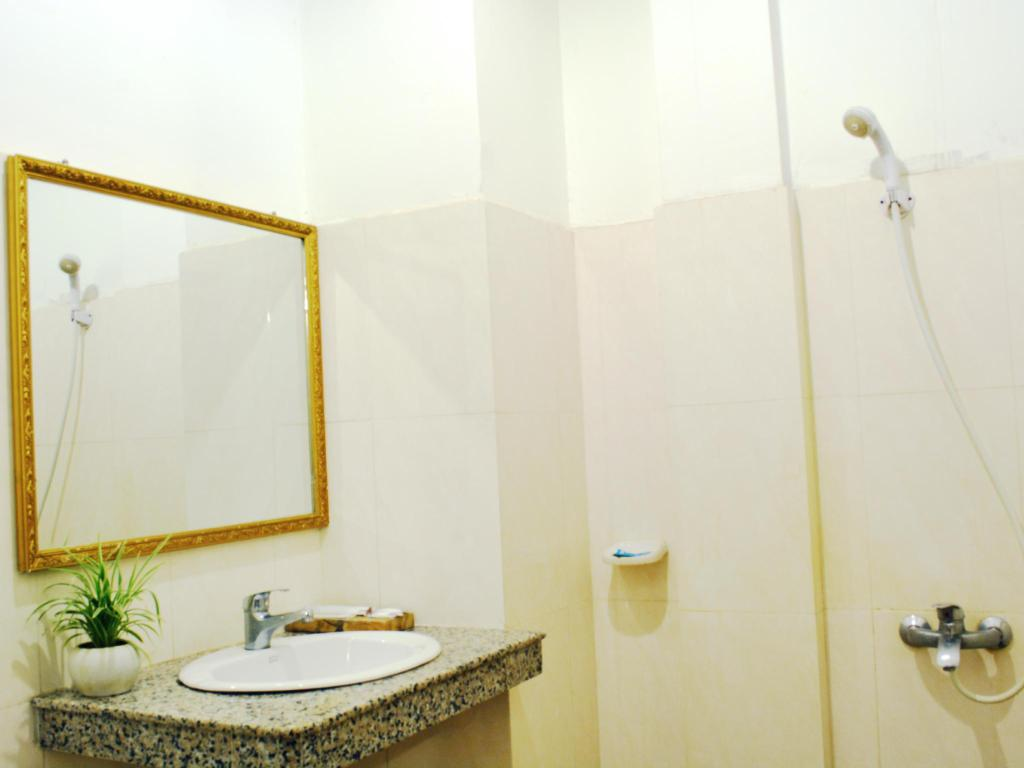 Bathroom Putheavatei Boutique Hotel and Spa