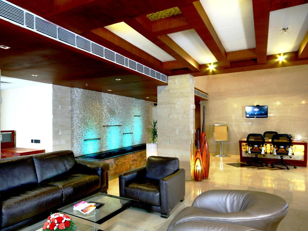 Lobby Diana Heights Luxury Hotel