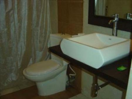 Bathroom Stopovers Serviced Apartments - HAL Airport Road