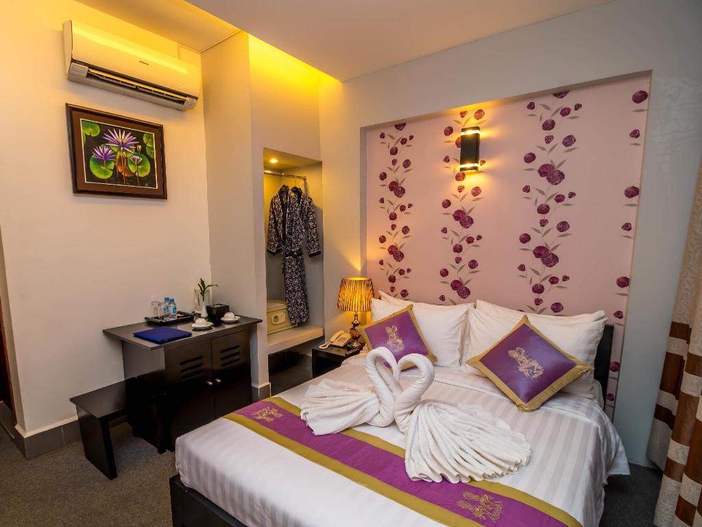 Deluxe Double - Bed Elite Boutique Hotel