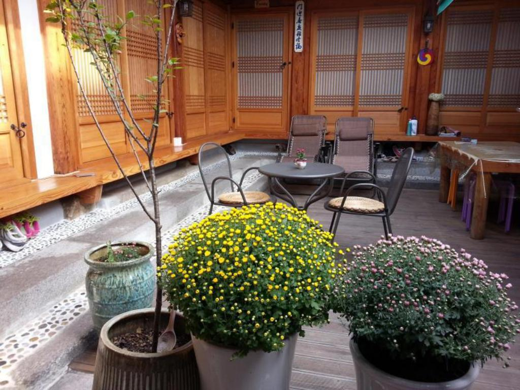 Interior view Gung Hanok Guesthouse