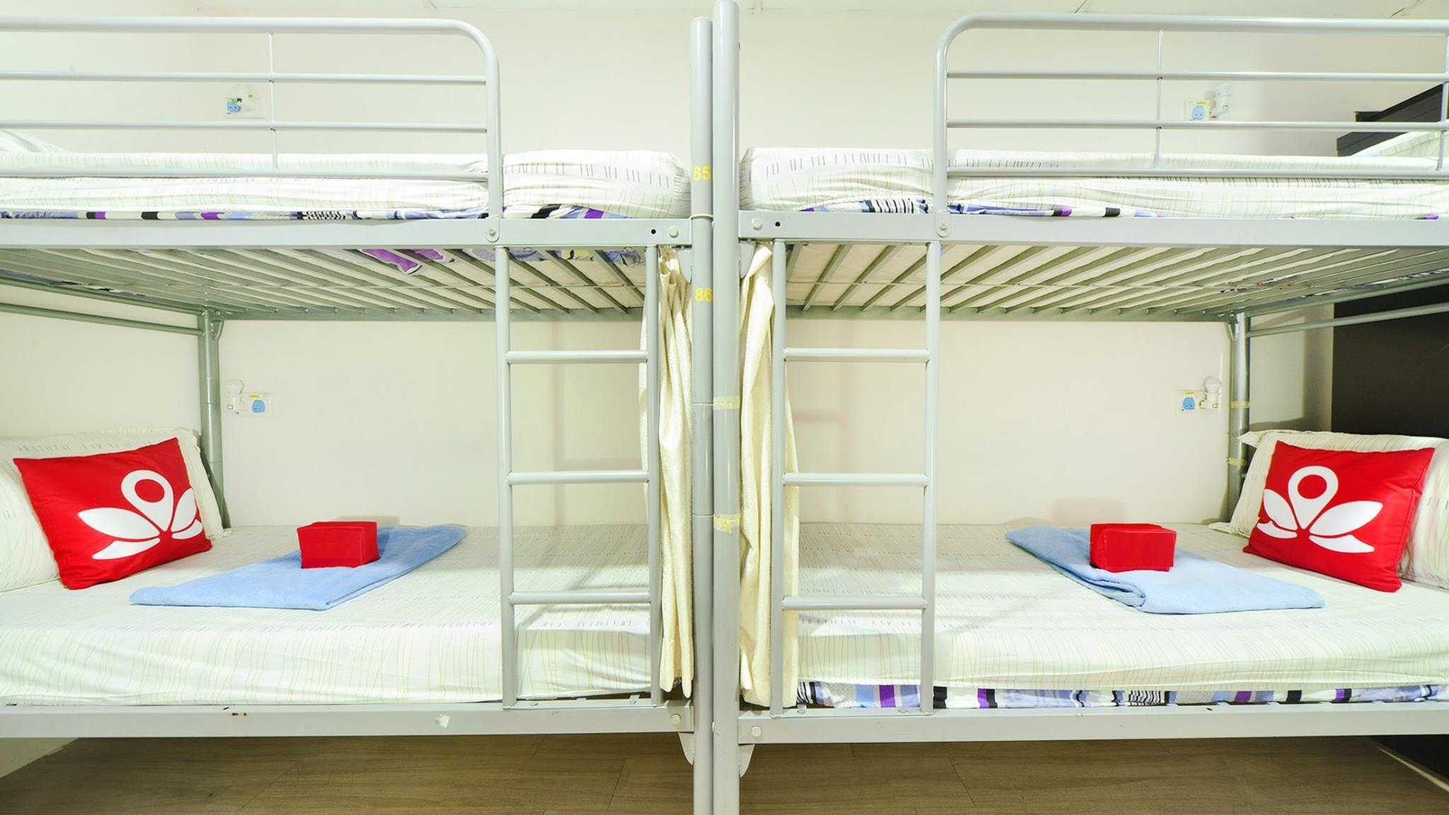 1 Person in 9-Bed Dormitory - Mixed