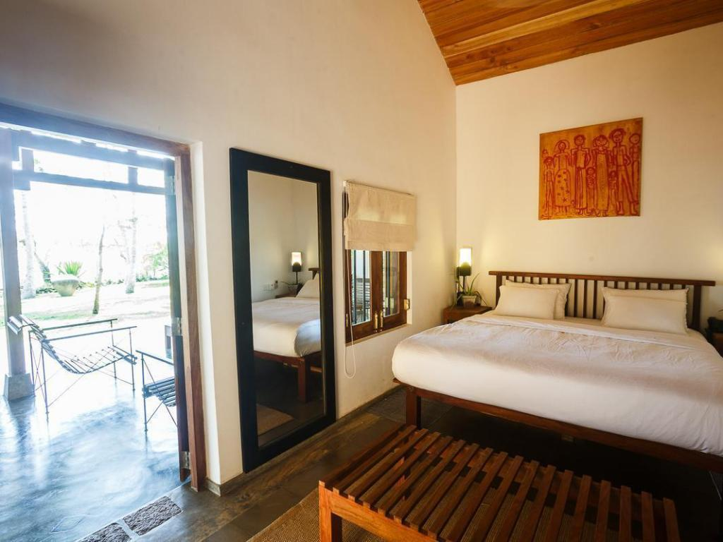 Deluxe Double Room - Guestroom The Lagoon House Rekawa