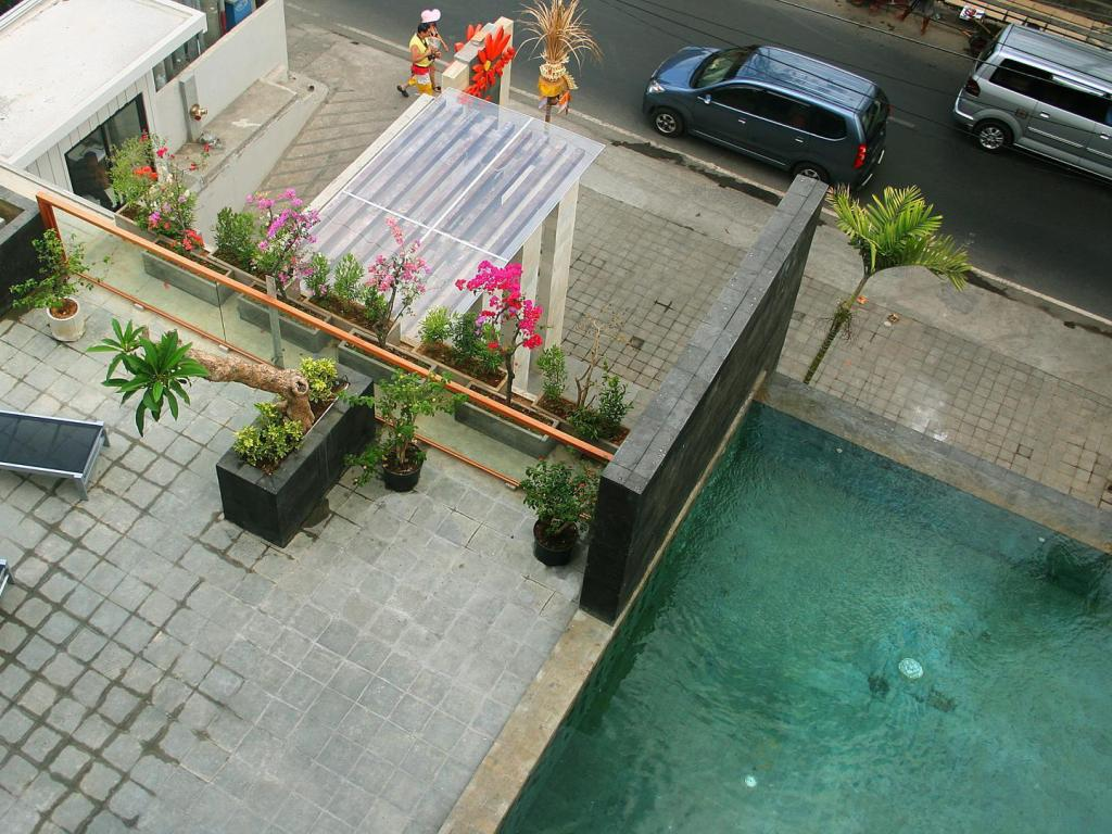 Piscina The Edelweiss Hotel Boutique Kuta (The Edelweiss Boutique Hotel Kuta)
