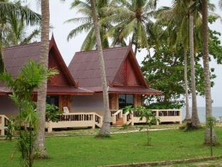 Season Bungalow