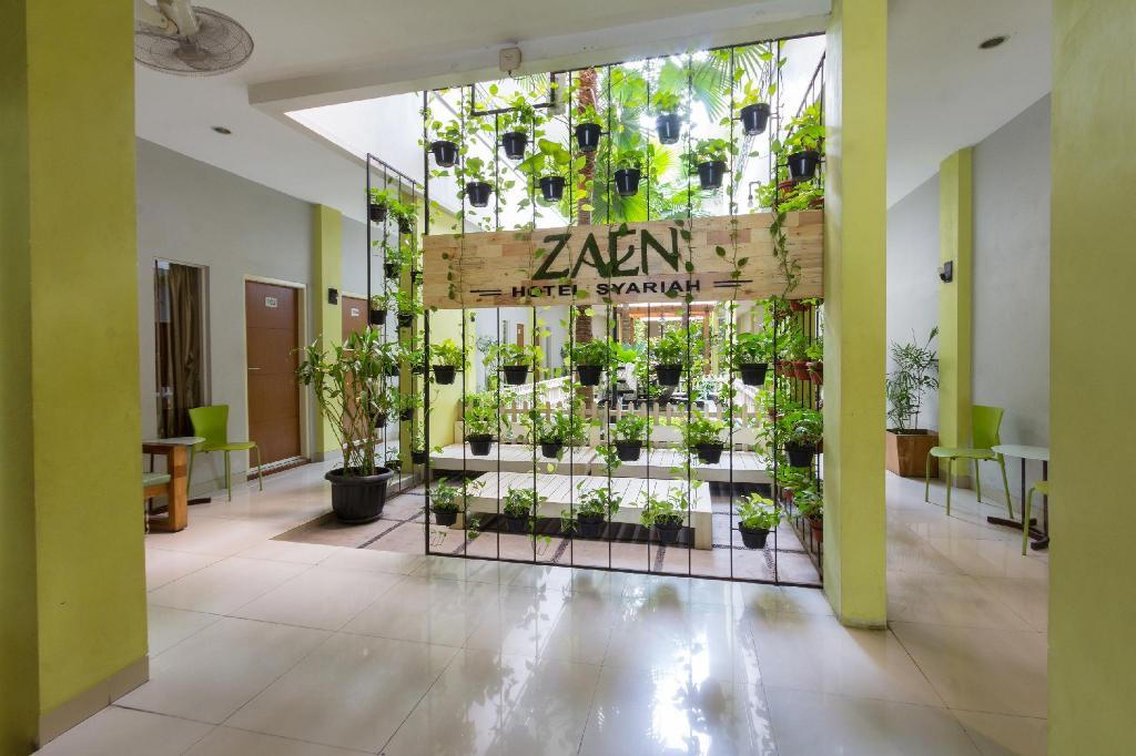 More about Zaen Hotel Syariah Solo