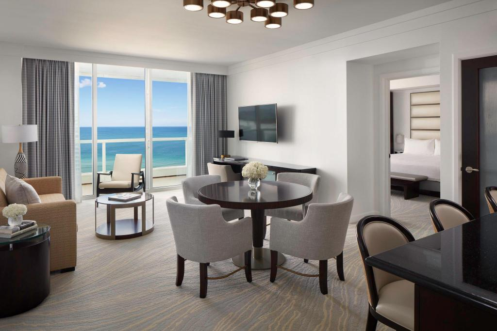Deals On Fontainebleau Miami Beach In