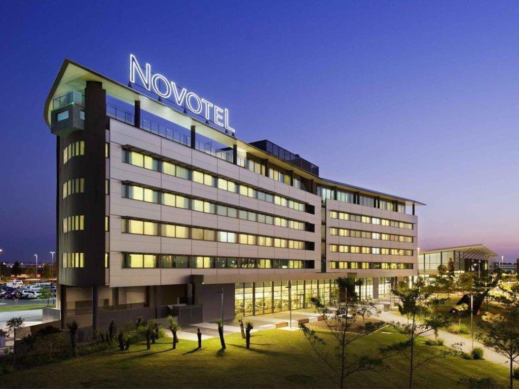 Novotel Brisbane Airport Hotel - Deals ...
