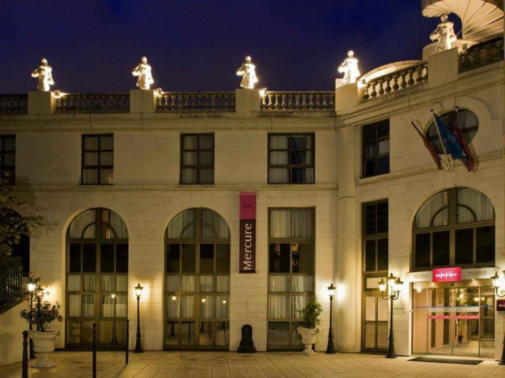 Hotel Mercure Paris Lyon deals on hotel mercure paris gobelins place d'italie in