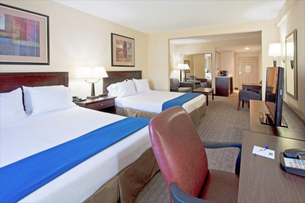 More about Holiday Inn Express Hotel & Suites Clearwater US 19 North