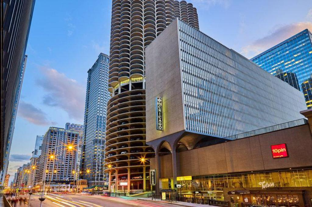 Hotels In Chicago >> Hotel Chicago Downtown Autograph Collection River North