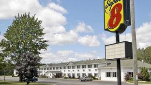 Super 8 By Wyndham Escanaba