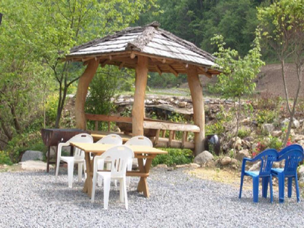 Balkon/terasa Ondal and Pyeonggang Pension