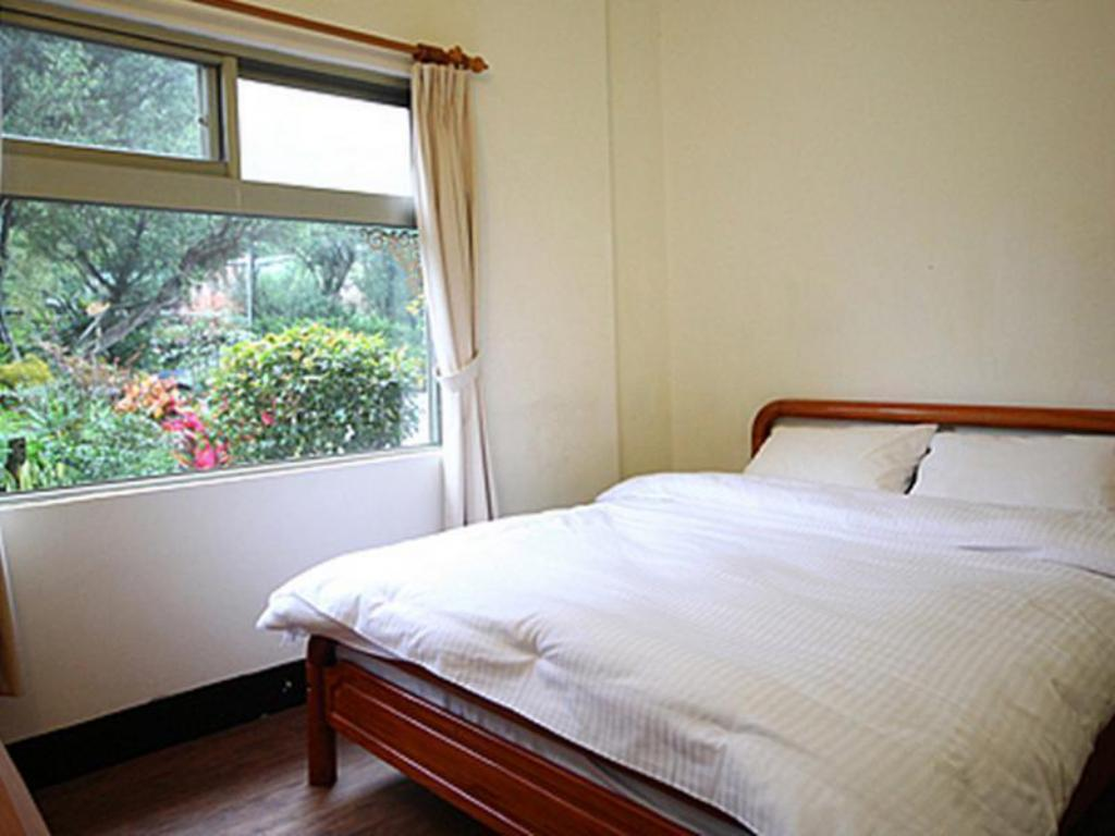 Double - Bed Taiwan Reishi Expert Bed and Breakfast