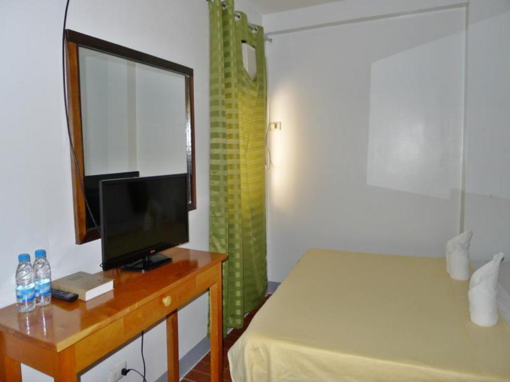 See all 6 photos Dayunan El Nido Tourist Inn