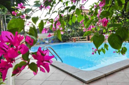 Swimming pool [outdoor] Oriental Palace Apartment