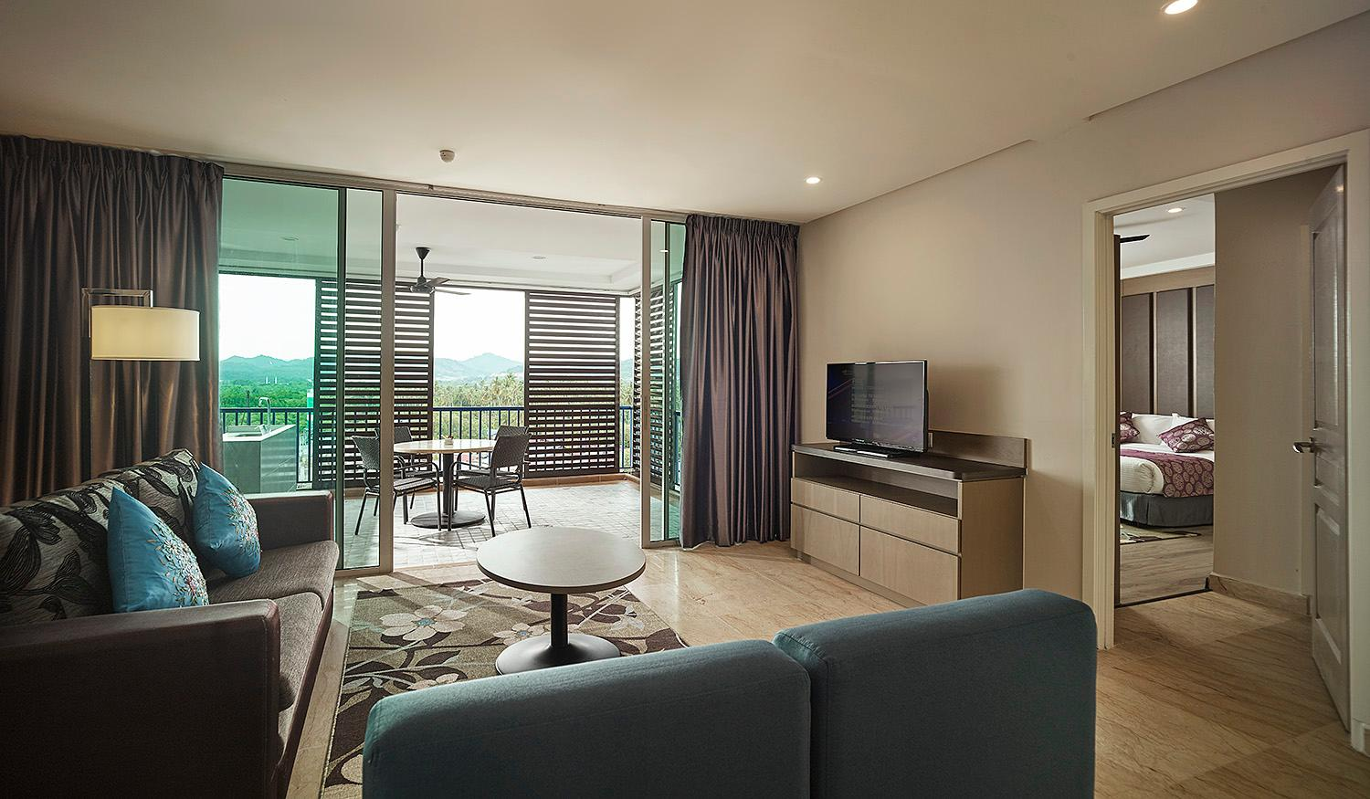 Executive Sea View Family Suite