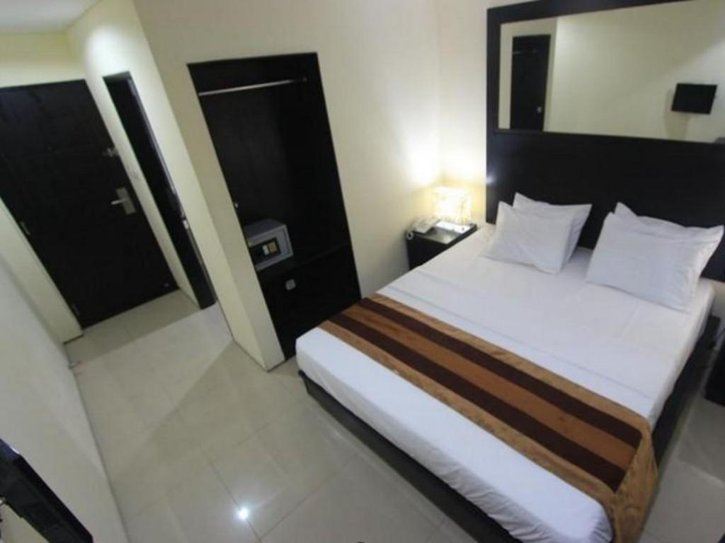 Standard Double or Twin - Bed Airport Kuta Hotel and Residences