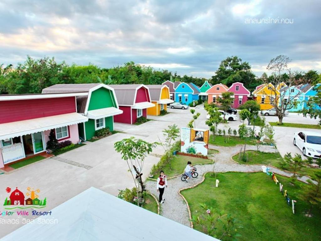 Več o The Color Ville Resort