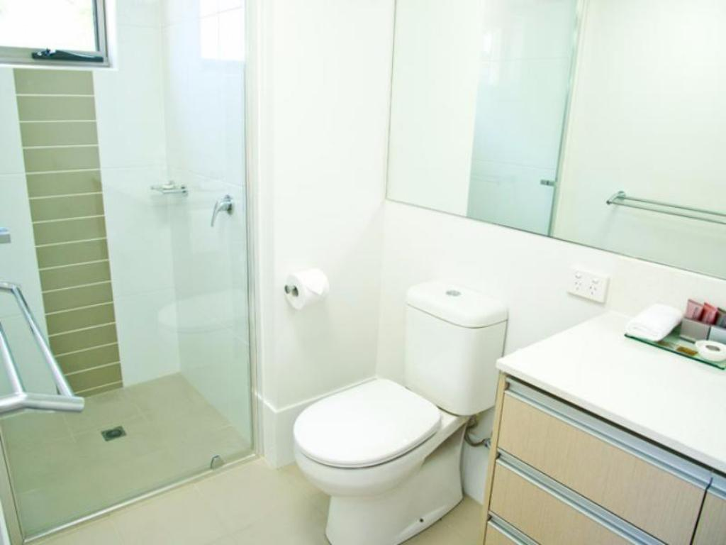 Bathroom Jacana Apartments