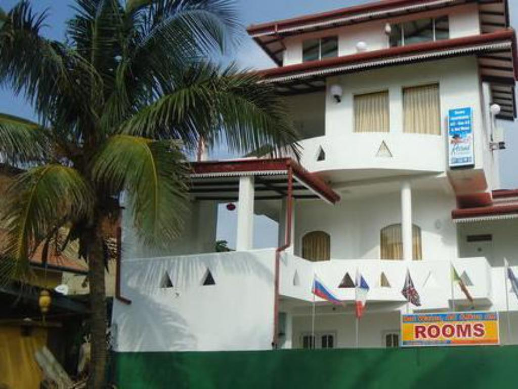 Rosand Waves Hotel