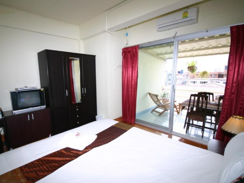 雙人房 - 有陽台 (Double Room with Balcony)