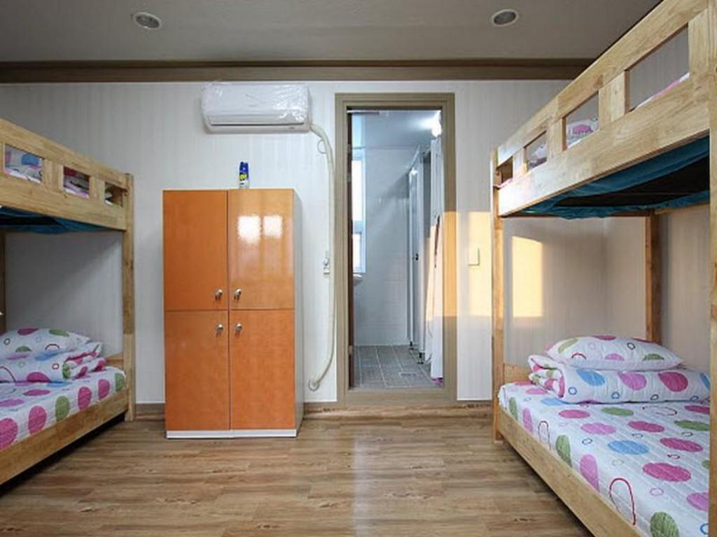 1 Person in 4-Bed Dormitory - Female Only - Guestroom Gaon Guesthouse